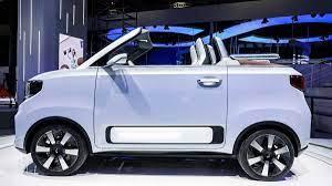 GM is selling 1,000 HongGuang Mini EVs a day, beating Tesla once again
